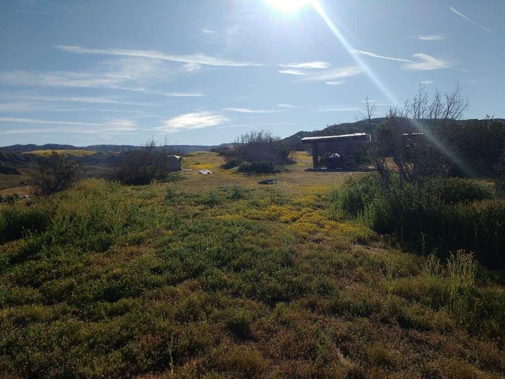 Songdog Ranch - campground    Photo 3 of 9   Address: 680 Ballinger Canyon Rd, Maricopa, CA 93252, USA   Phone: (661) 766-2454