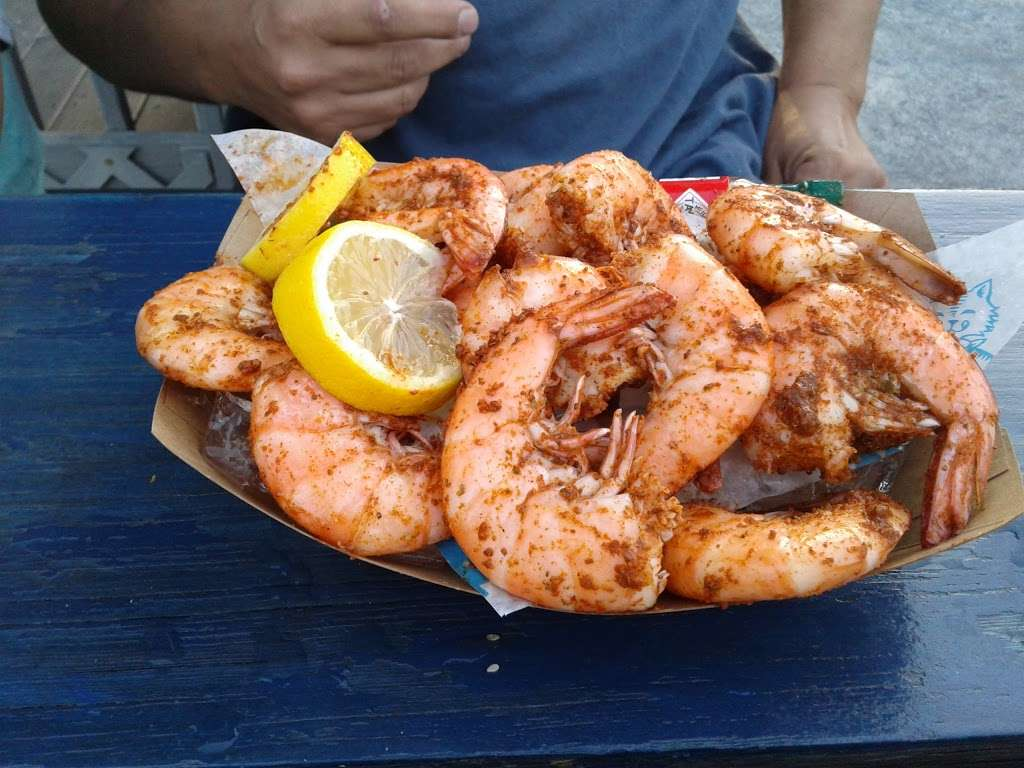 Surf City - restaurant  | Photo 2 of 10 | Address: 1 Marin Blvd, Jersey City, NJ 07302, USA | Phone: (201) 516-9000