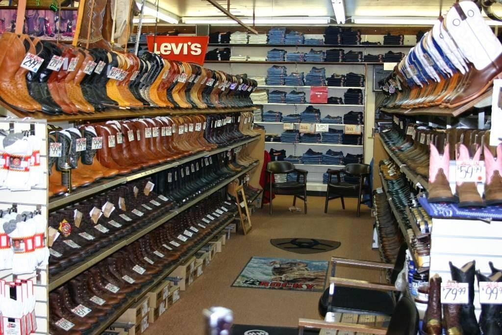 Nigros Western Stores - shoe store  | Photo 6 of 9 | Address: 3320 Merriam Ln, Kansas City, KS 66106, USA | Phone: (913) 262-7500