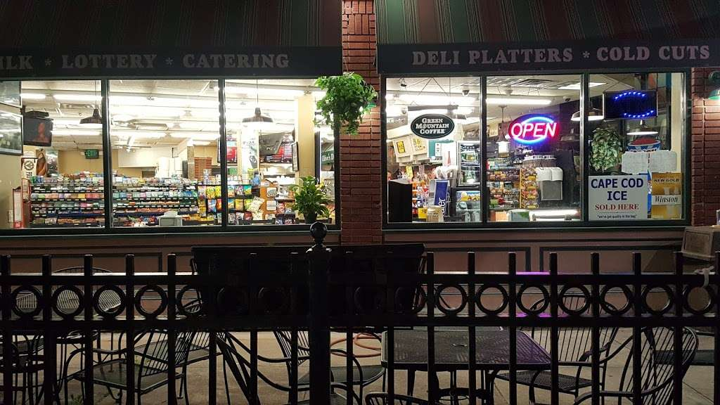 Milanos Pizza - meal delivery  | Photo 1 of 10 | Address: 659 Smith St, Providence, RI 02908, USA | Phone: (401) 274-0123