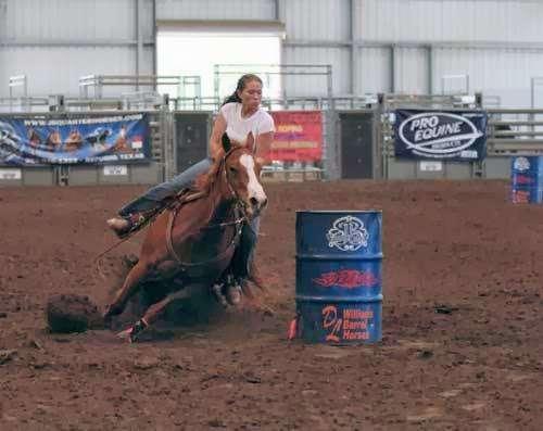 Becky Hellums Western Riding School - travel agency  | Photo 3 of 10 | Address: 2609 Holmes Rd, Richmond, TX 77469, USA | Phone: (281) 342-5355