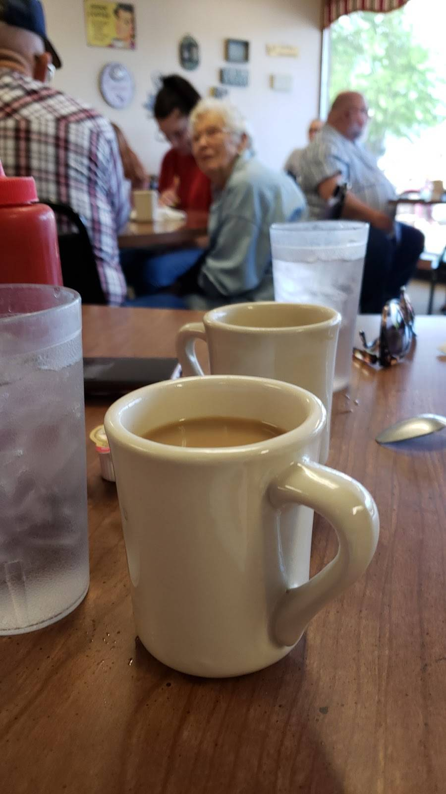 Cooks Cafe - cafe  | Photo 9 of 9 | Address: 1300 N 66th St, Lincoln, NE 68505, USA | Phone: (402) 466-1771