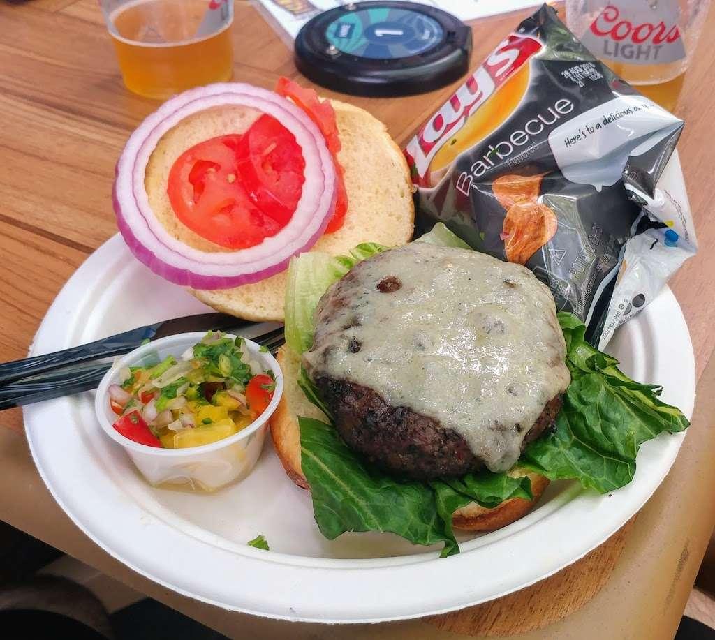 Island Party Hut - restaurant  | Photo 2 of 10 | Address: 355 Chicago Riverwalk, Chicago, IL 60601, USA | Phone: (312) 600-0488