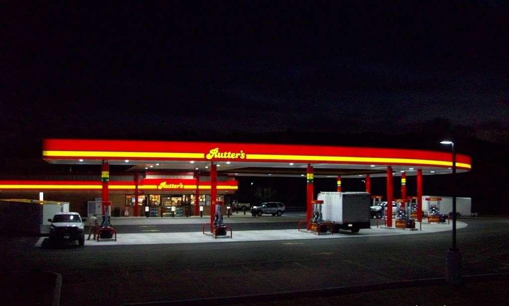 Rutters #5 - convenience store  | Photo 3 of 4 | Address: 6837 Lincoln Way E, Fayetteville, PA 17222, USA | Phone: (717) 401-0626