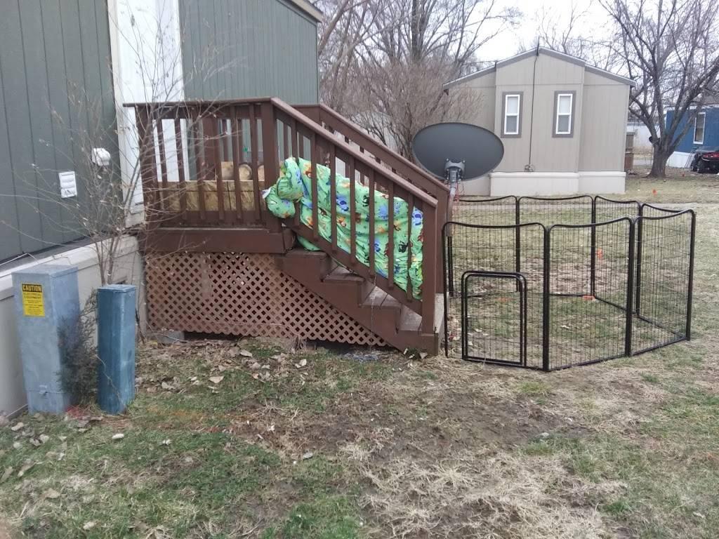 Heritage Oaks Mobile Home Park - rv park  | Photo 1 of 10 | Address: 2720 N 2nd St, Lincoln, NE 68521, USA | Phone: (402) 475-5572