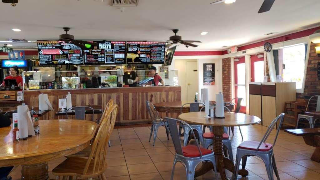 Tuckys BBQ - restaurant  | Photo 1 of 10 | Address: 308 N Boulder Hwy, Henderson, NV 89015, USA | Phone: (702) 566-4227