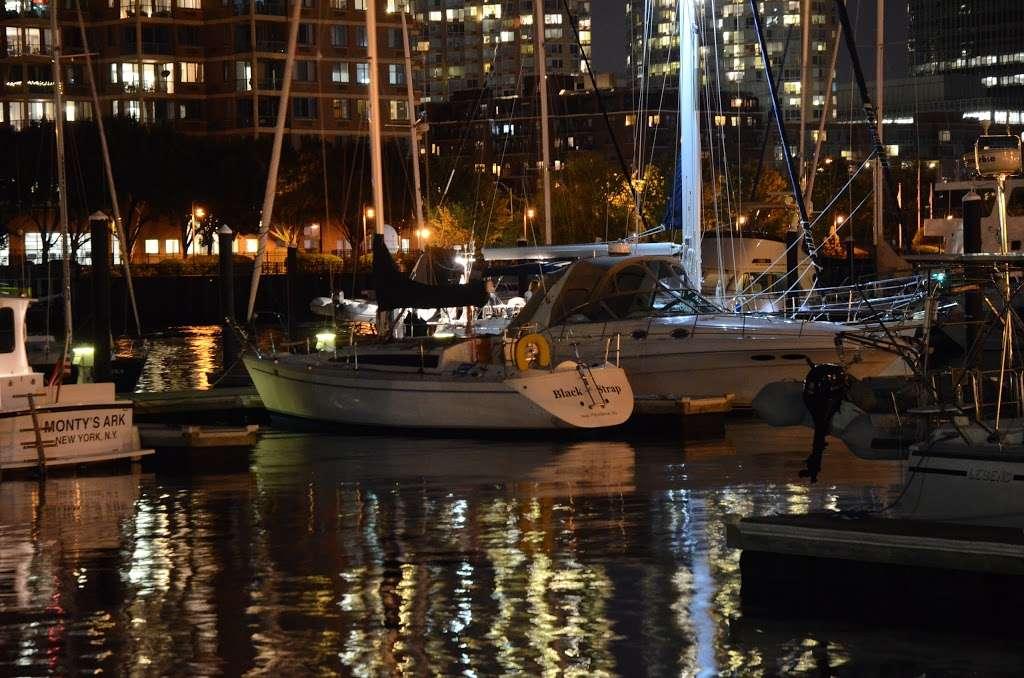 Gotham Sailing - travel agency  | Photo 6 of 10 | Address: 80 Audrey Zapp Dr, Jersey City, NJ 07305, USA | Phone: (732) 820-0290