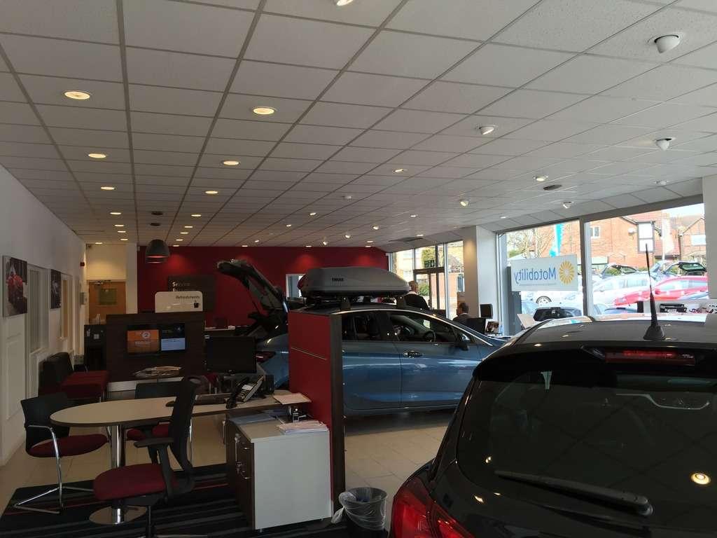 GO Vauxhall Sevenoaks - car dealer  | Photo 6 of 10 | Address: Mill Rd, Dunton Green, Sevenoaks TN13 2UZ, UK | Phone: 01732 449947