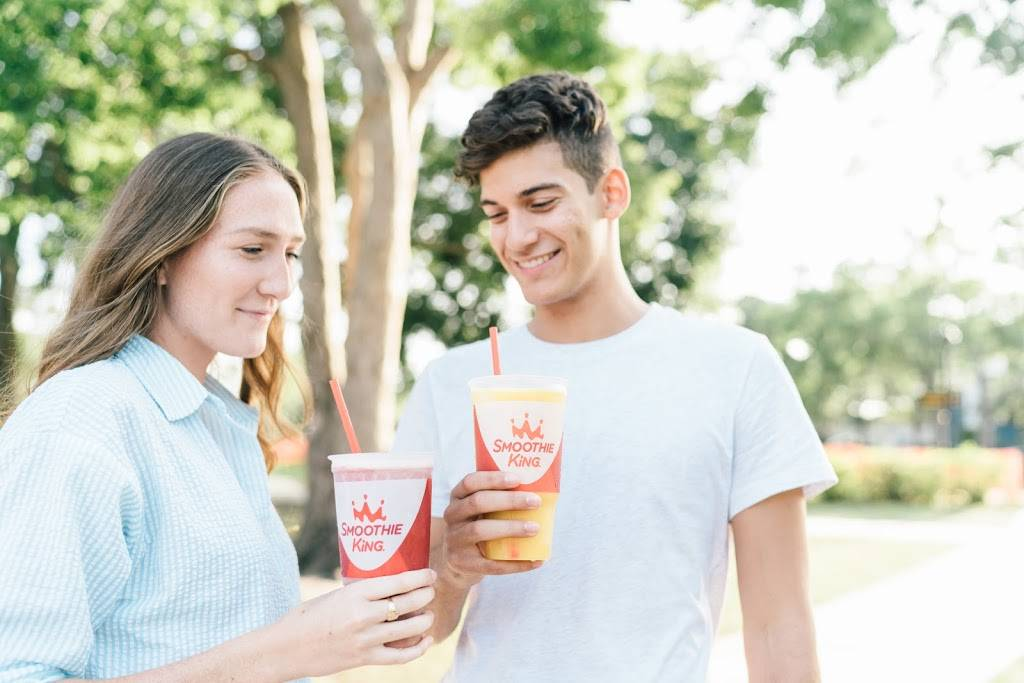 Smoothie King - meal delivery    Photo 3 of 7   Address: 4208 Lassiter Drive Suite J, Holly Springs, NC 27540, USA   Phone: (919) 285-2187
