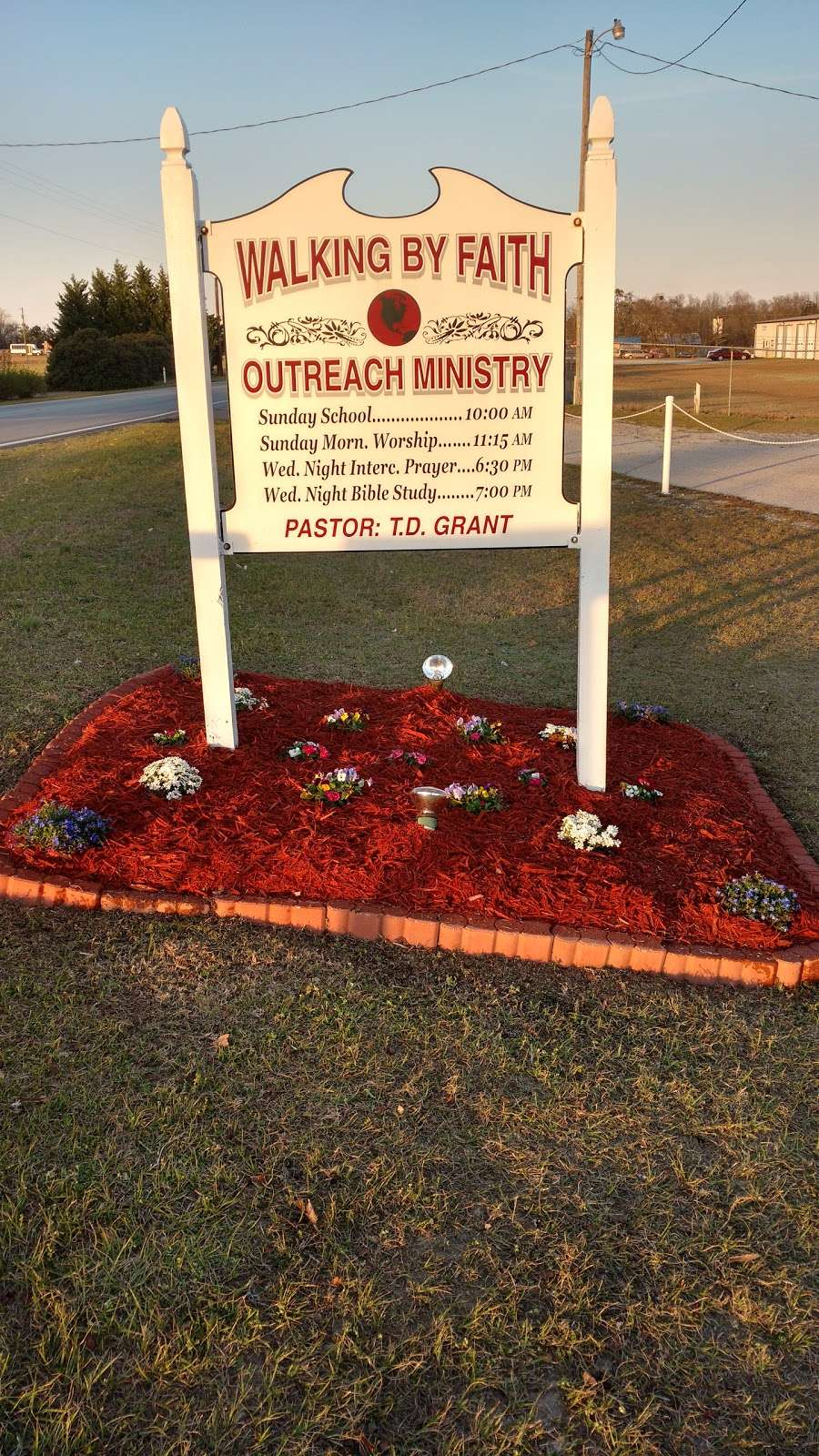 Walking By Faith Outreach Ministry - church  | Photo 2 of 9 | Address: 31587 SC-9, Pageland, SC 29728, USA