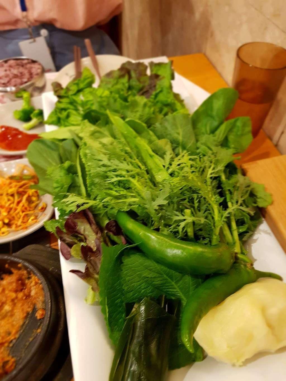 Kaya Garden - restaurant  | Photo 7 of 10 | Address: 1602, 450 Broad Ave, Leonia, NJ 07605, USA | Phone: (201) 461-7525