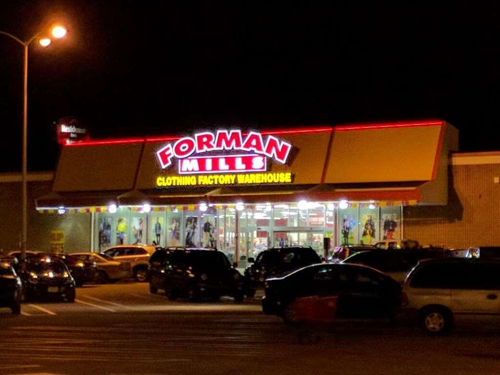 Forman Mills - clothing store  | Photo 10 of 10 | Address: 1140 Hurffville Rd, Woodbury, NJ 08096, USA | Phone: (856) 812-4894
