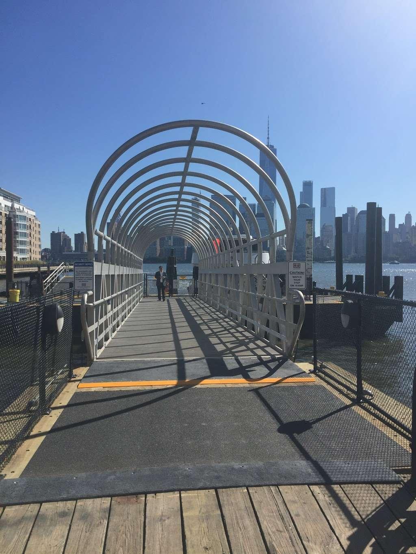 Harborside - transit station  | Photo 4 of 10 | Address: Jersey City, NJ 07302, USA