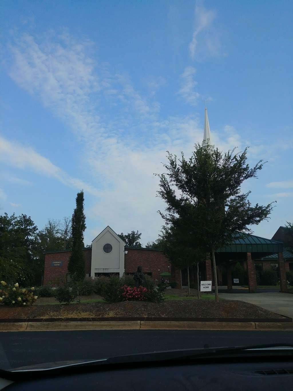 Christ Church - Mt. View - church  | Photo 2 of 10 | Address: 2416 Zion Church Rd, Hickory, NC 28602, USA | Phone: (828) 294-6858