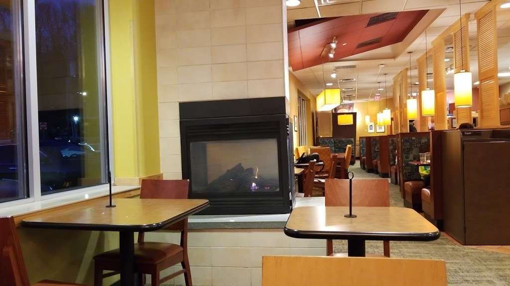 Panera Bread - bakery  | Photo 1 of 10 | Address: 915 Central Park Ave, Scarsdale, NY 10583, USA | Phone: (914) 713-0010
