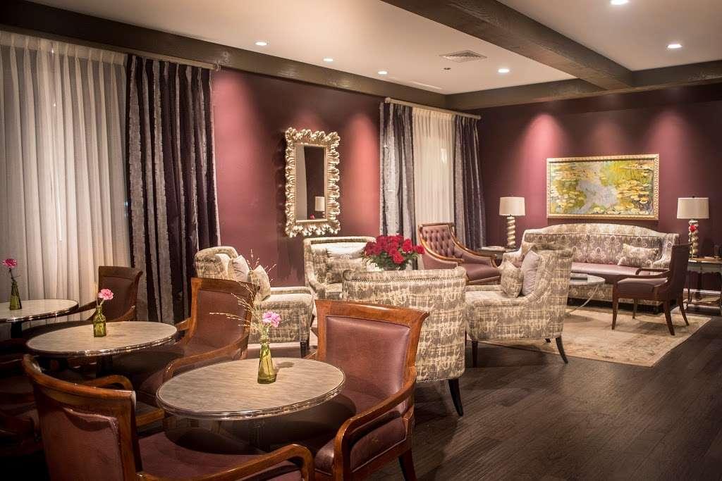 The Bistro & Wine Bar - restaurant    Photo 10 of 10   Address: 35 Landmark Dr, Plymouth, MA 02360, USA   Phone: (508) 209-2324