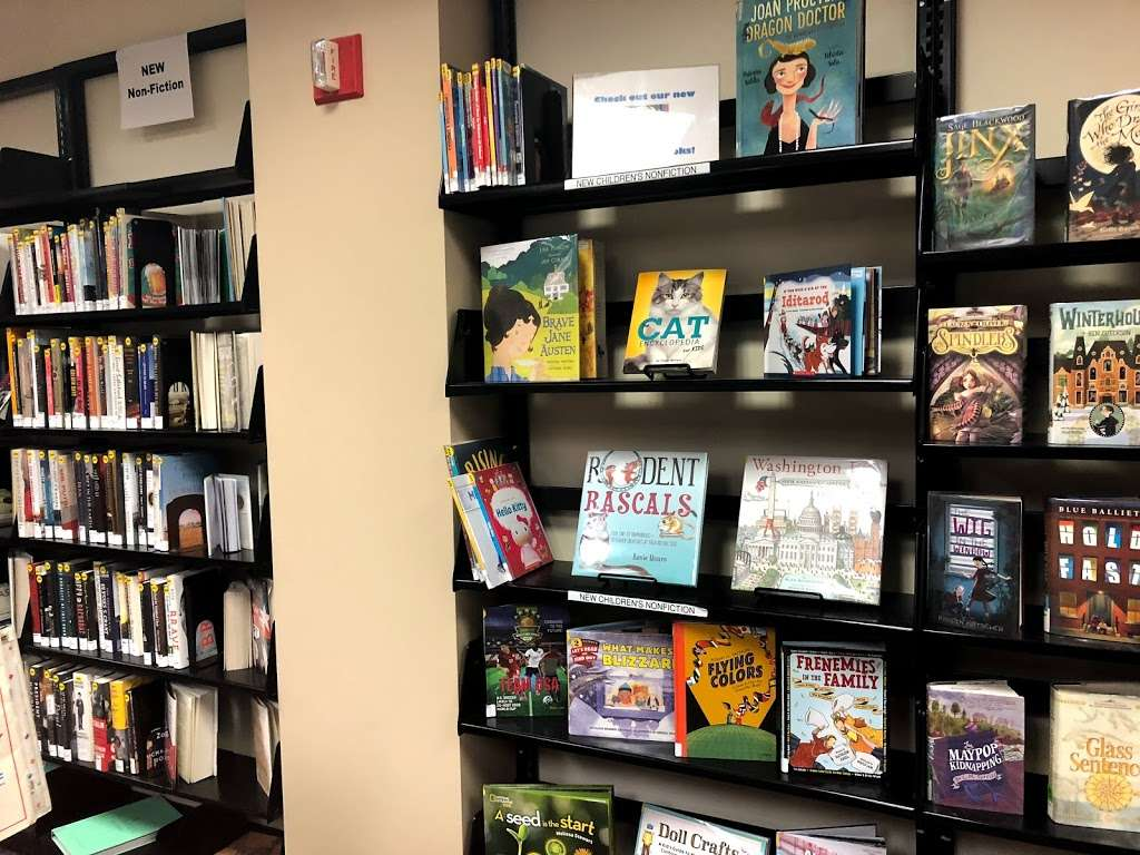 Warren Township Library - library  | Photo 4 of 10 | Address: 42 Mountain Blvd, Warren, NJ 07059, USA | Phone: (908) 754-5554