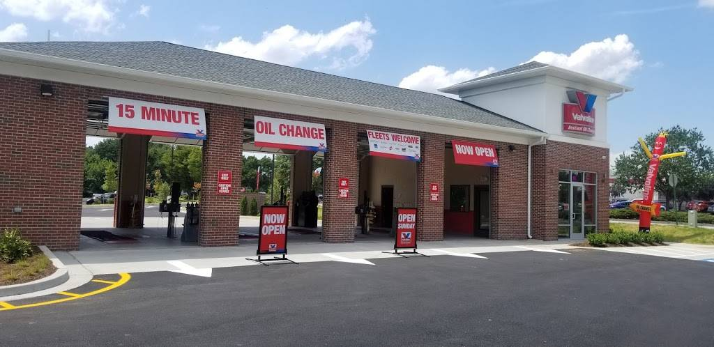Valvoline Instant Oil Change - car repair  | Photo 3 of 6 | Address: 561 E Ordnance Rd, Glen Burnie, MD 21060, USA | Phone: (410) 946-6543