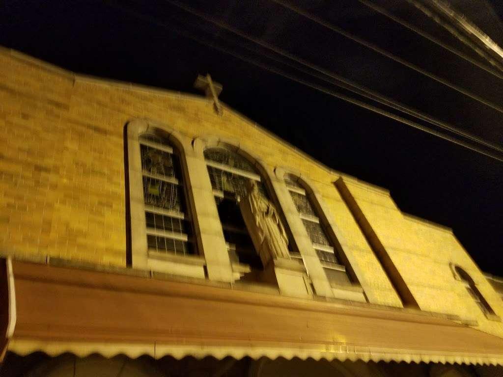 Saint John Nepomucenes Roman Catholic Church - church  | Photo 3 of 4 | Address: Guttenberg, NJ 07093, USA