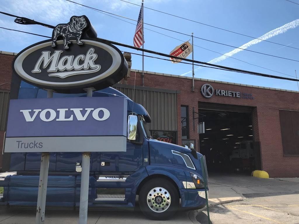 Kriete Truck Center - Milwaukee - car repair  | Photo 3 of 10 | Address: 4444 W Blue Mound Ct, Milwaukee, WI 53208, USA | Phone: (414) 258-8484