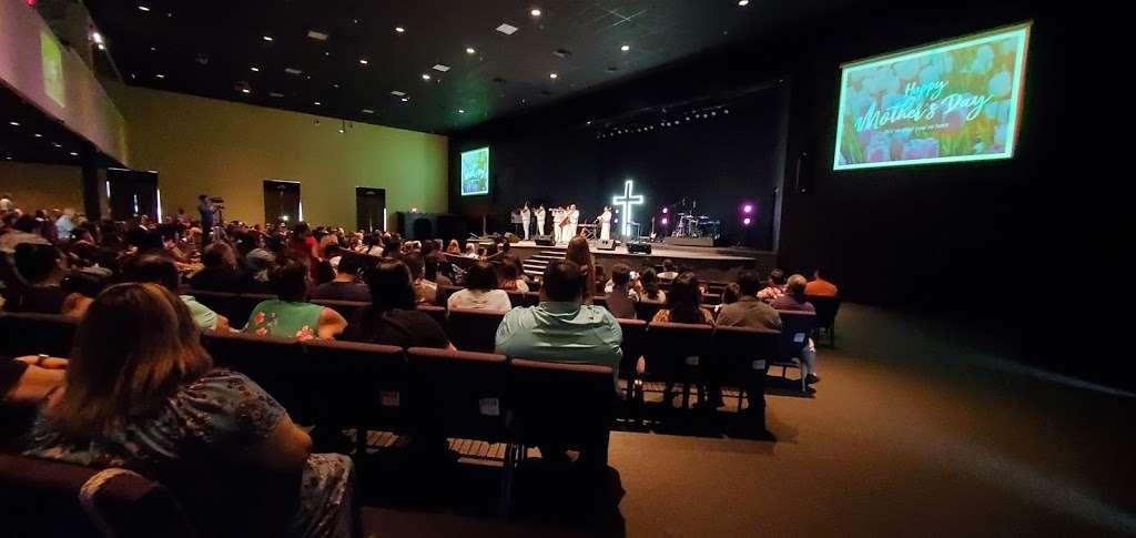 Templo de Alabanza - church    Photo 8 of 9   Address: 4710 W Illinois Ave, Dallas, TX 75211, USA