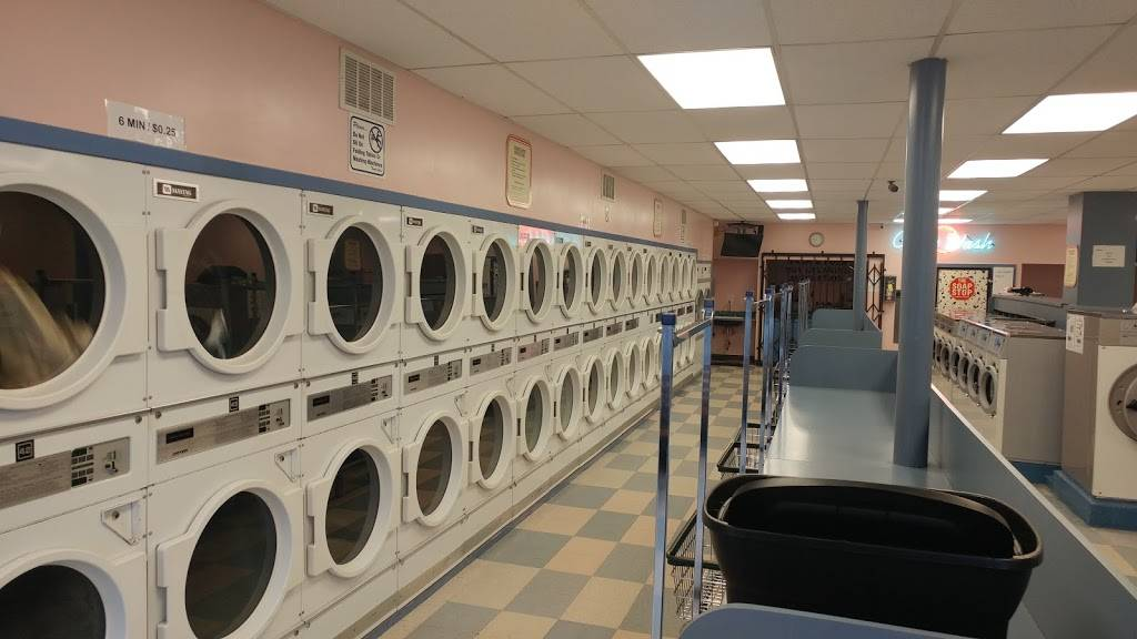 Circle Wash - laundry  | Photo 1 of 4 | Address: 1655 Noriega St, San Francisco, CA 94122, USA | Phone: (415) 566-0569
