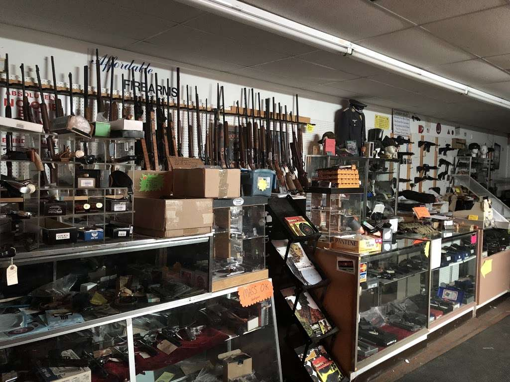AFFORDABLE FIREARMS - store  | Photo 2 of 2 | Address: 122 Bridge St #9, Pelham, NH 03076, USA | Phone: (603) 635-8443