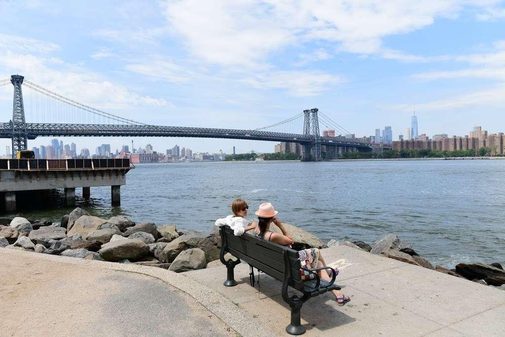 Grand Ferry Park - park  | Photo 1 of 10 | Address: Grand St &, River St, Brooklyn, NY 11211, USA | Phone: (212) 639-9675