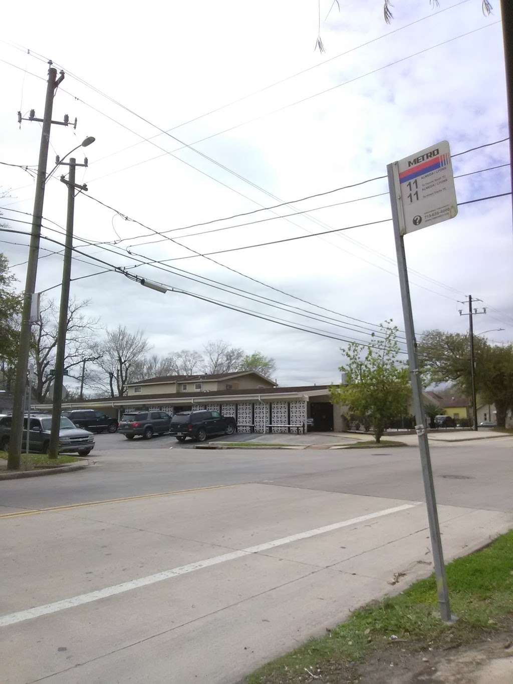 Ross Mortuary Inc. - funeral home  | Photo 3 of 7 | Address: 3618 Lyons Ave, Houston, TX 77020, USA | Phone: (713) 223-8071