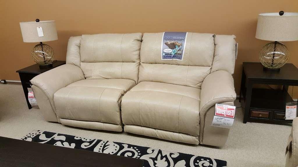 L Fish Furniture - furniture store    Photo 5 of 10   Address: 8401 E Washington St, Indianapolis, IN 46219, USA   Phone: (317) 897-8401