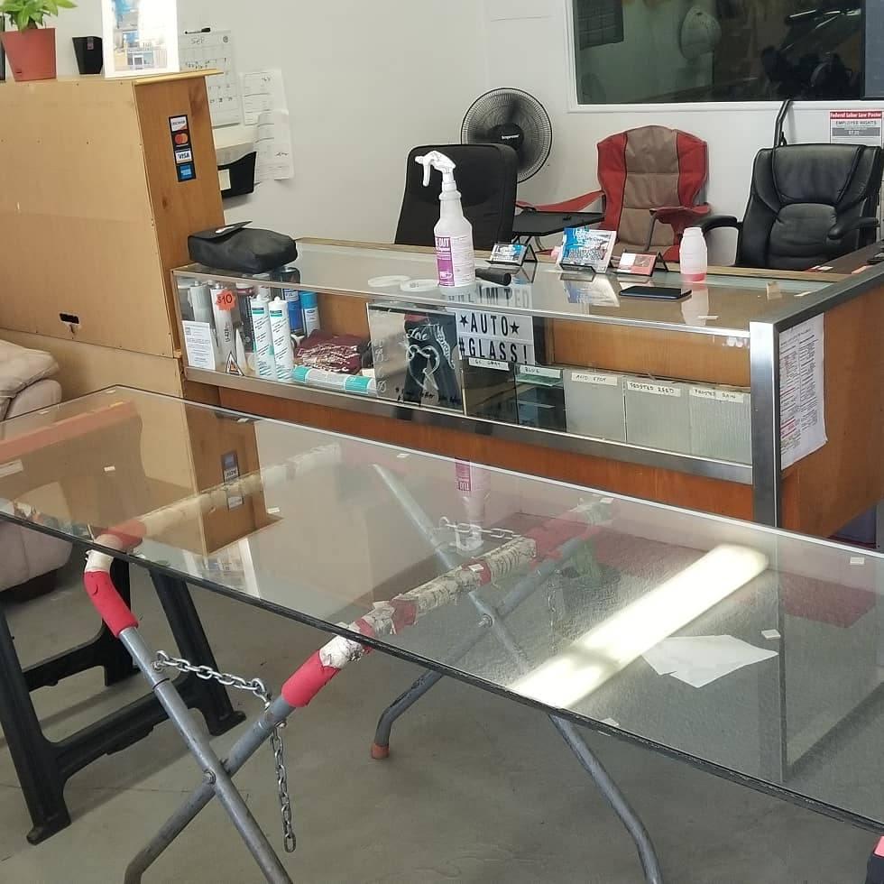 UNLIMITED MOBILE🚘 AUTO GLASS - car repair  | Photo 4 of 10 | Address: 909 MobileService, San Bernardino, CA 92404, USA | Phone: (909) 571-9960