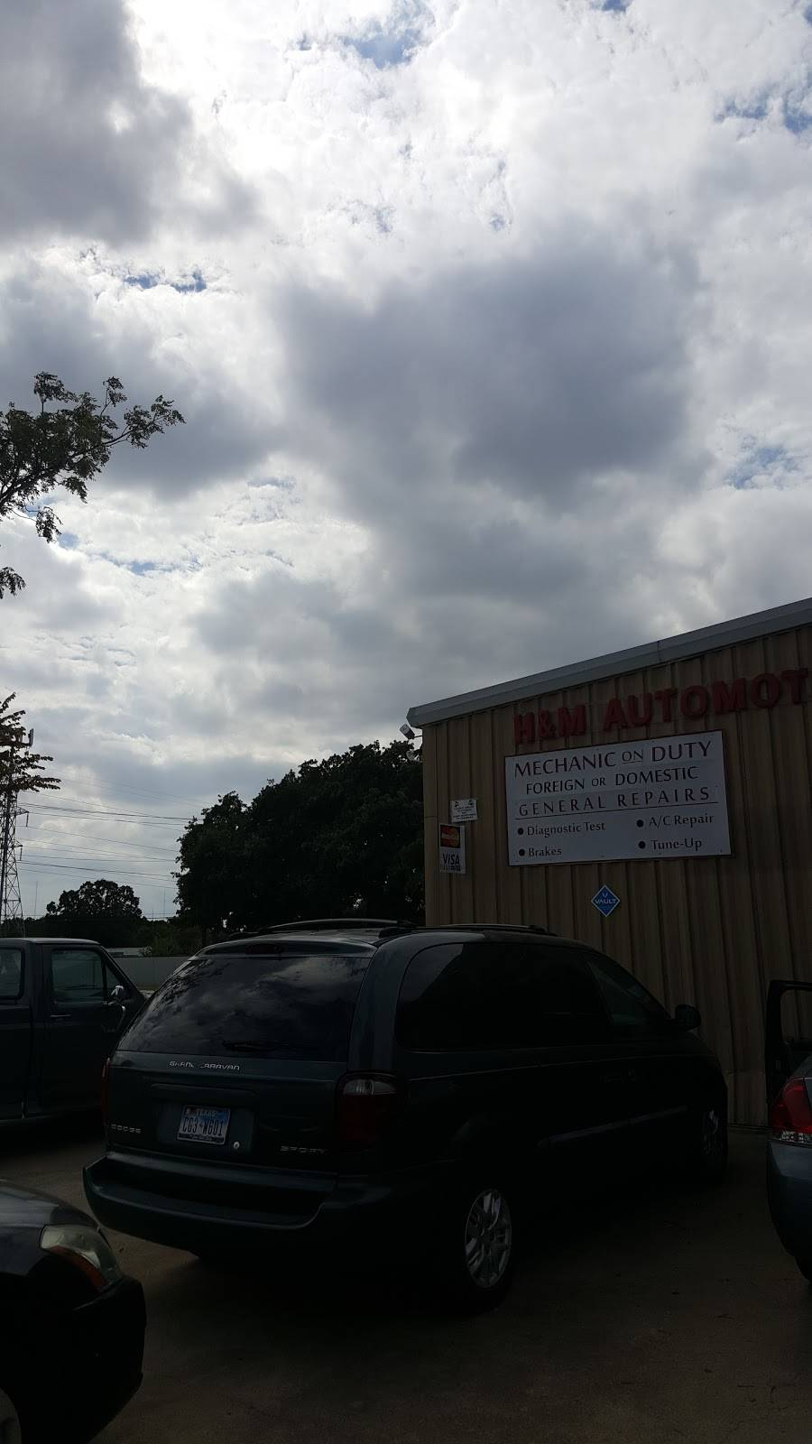 H & M Automotive & Truck - car repair  | Photo 2 of 2 | Address: 309 Compton Ave, Irving, TX 75061, USA | Phone: (972) 790-1711