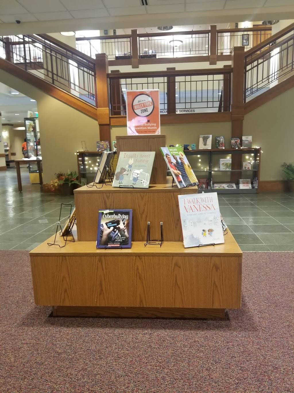 Hammond Public Library - library  | Photo 3 of 8 | Address: 564 State St, Hammond, IN 46320, USA | Phone: (219) 931-5100