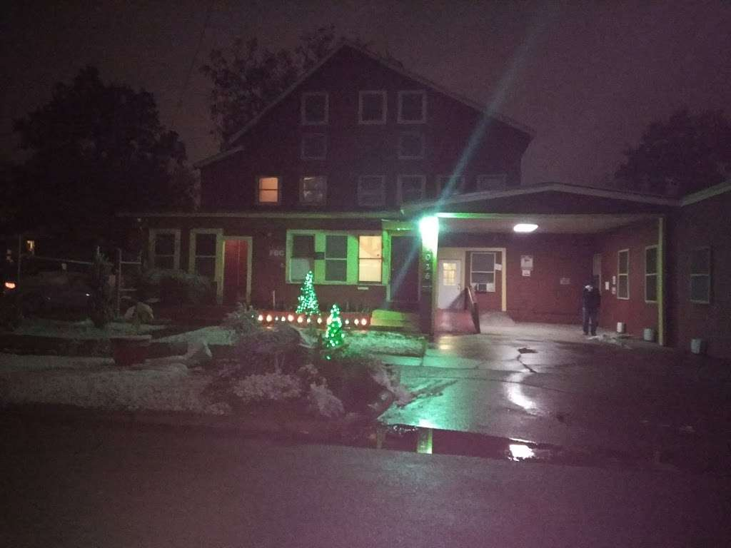 Sherman Rooming House - lodging  | Photo 10 of 10 | Address: 7026 Sherman St, Houston, TX 77011, USA | Phone: (713) 926-9551