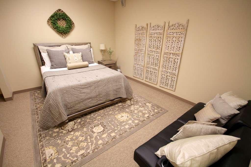 Lakeside Sleep Center - health    Photo 5 of 10   Address: 3000 W Davis St Suite 2, Conroe, TX 77304, USA   Phone: (936) 582-1112