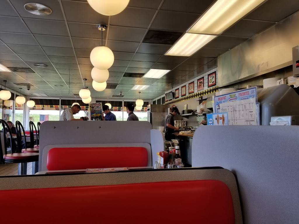 Waffle House - meal takeaway  | Photo 6 of 10 | Address: 3154 Telegraph Rd, St. Louis, MO 63125, USA | Phone: (314) 487-0212