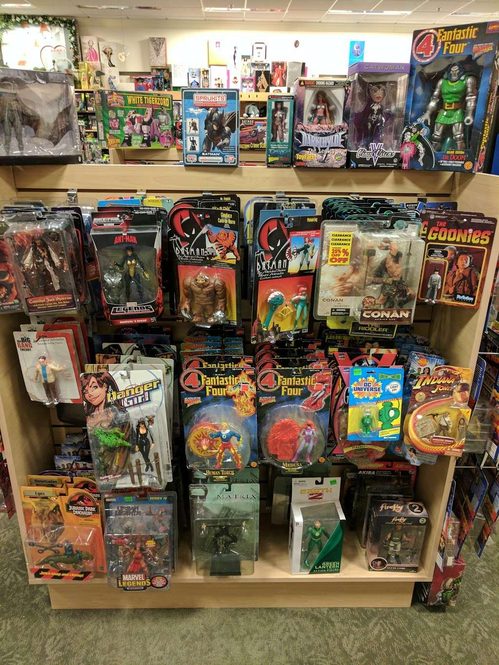 Dream World Collectibles - art gallery    Photo 10 of 10   Address: 1555 Simi Town Center Way #165, Simi Valley, CA 93065, USA   Phone: (805) 581-0409