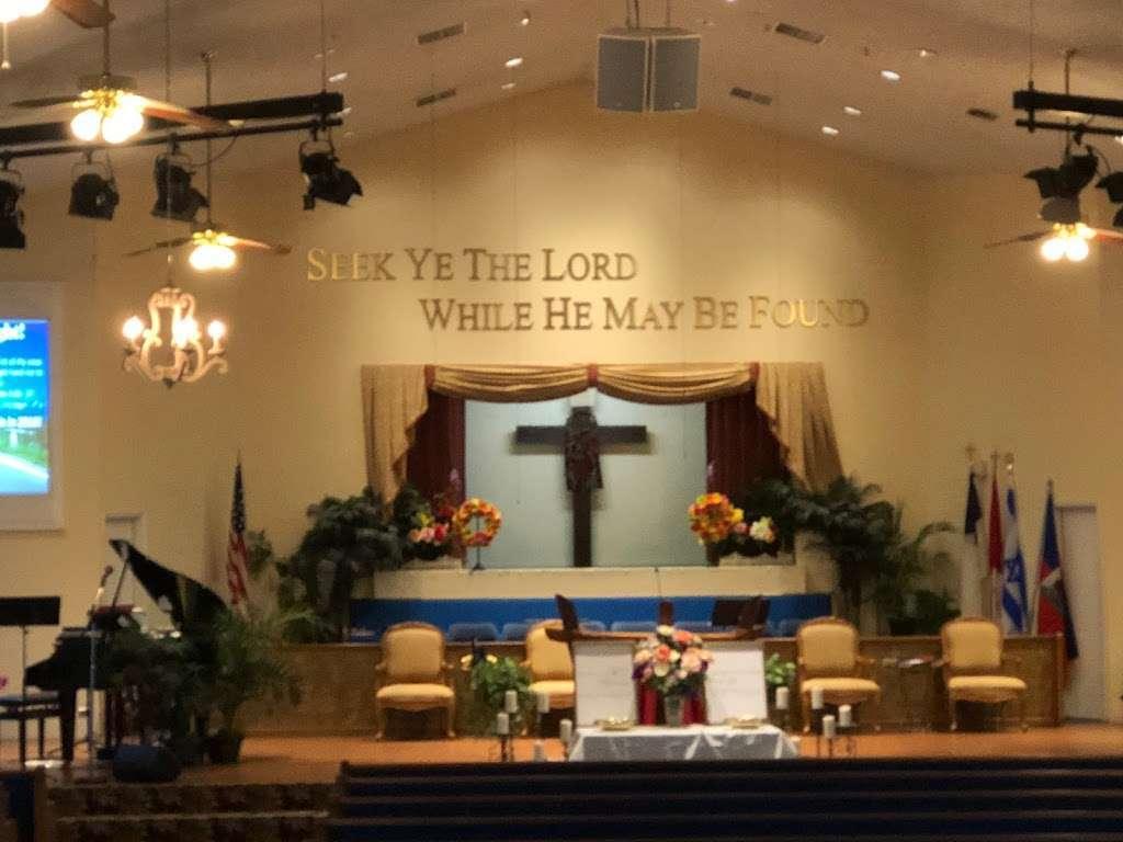 Orlando Baptist Temple - church  | Photo 1 of 2 | Address: 4400 N Powers Dr, Orlando, FL 32818, USA | Phone: (407) 293-2772