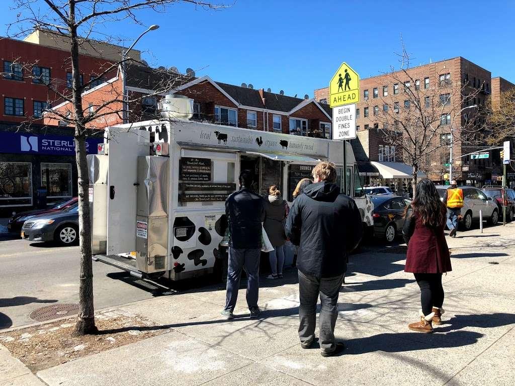 The Breakfast Shack - restaurant  | Photo 4 of 6 | Address: 30th st and 30th ave, Astoria, NY 11102, USA