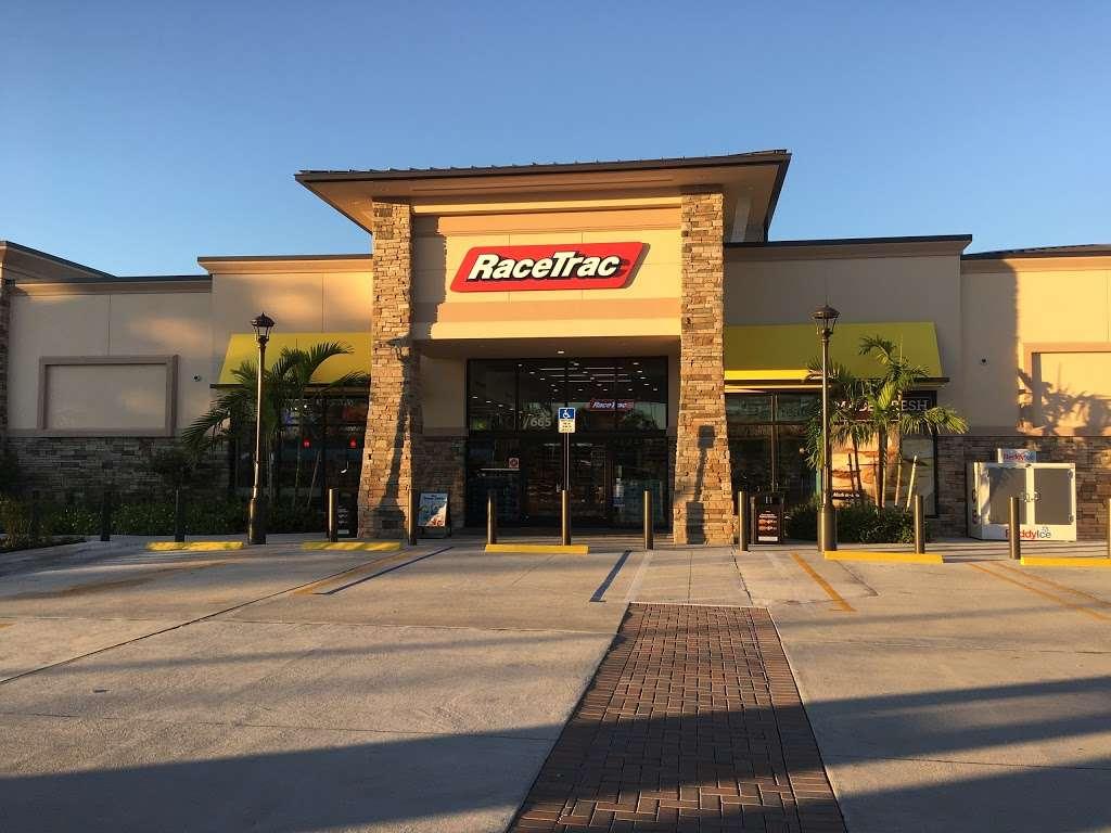 RaceTrac - gas station  | Photo 2 of 10 | Address: 665 Royal Palm Beach Blvd, Royal Palm Beach, FL 33411, USA | Phone: (561) 795-0609