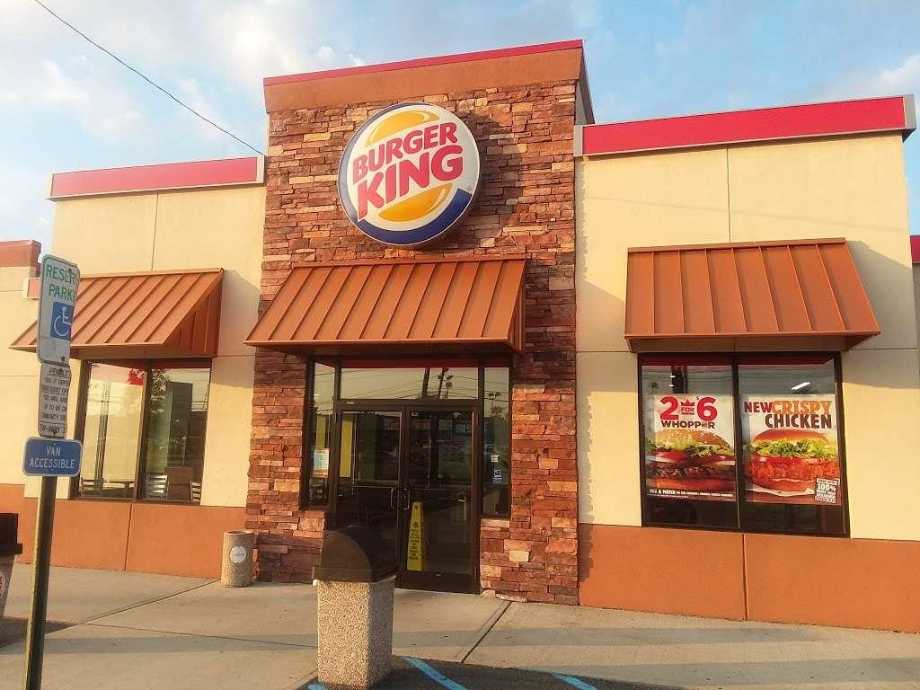 Burger King - restaurant    Photo 2 of 10   Address: 490 US-46, South Hackensack, NJ 07606, USA   Phone: (201) 641-5534