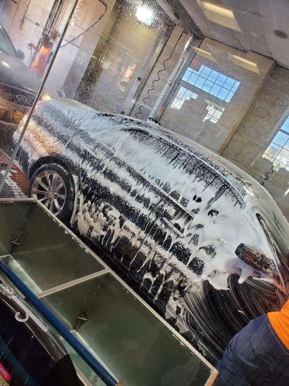 Ultra Sonic Inc - car wash  | Photo 2 of 10 | Address: 249-24 Jericho Turnpike, Bellerose, NY 11001, USA | Phone: (516) 502-2818