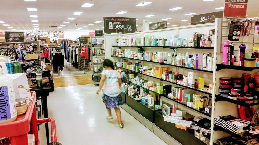 T.J. Maxx - department store  | Photo 7 of 10 | Address: 21 Mill Creek Dr, Secaucus, NJ 07094, USA | Phone: (201) 866-6279