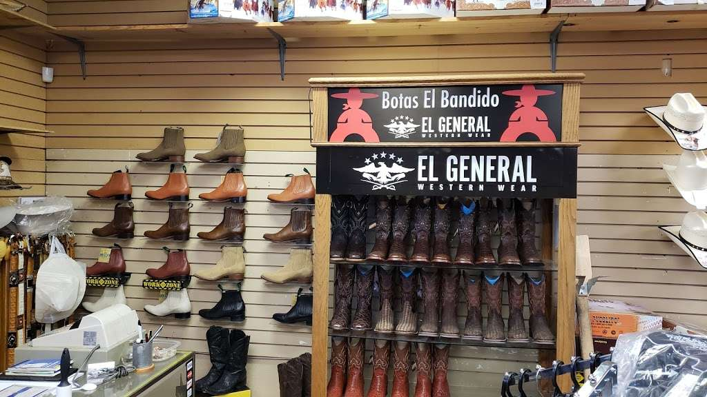I Botas - shoe store  | Photo 4 of 4 | Address: 2605 E Bell Rd, Phoenix, AZ 85032, USA | Phone: (480) 280-3823