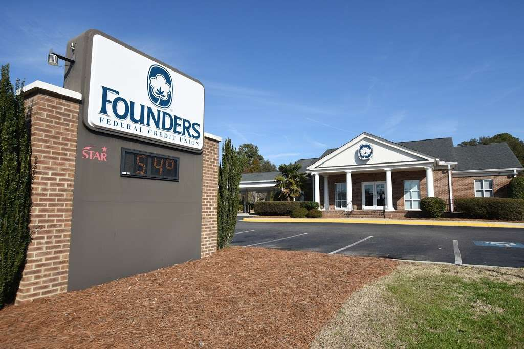 Founders Federal Credit Union - atm  | Photo 2 of 8 | Address: 817 E McGregor St, Pageland, SC 29728, USA | Phone: (800) 845-1614