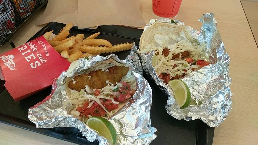 Del Taco - meal takeaway  | Photo 6 of 6 | Address: 5845 W Reno Ave, Oklahoma City, OK 73127, USA | Phone: (405) 945-6526