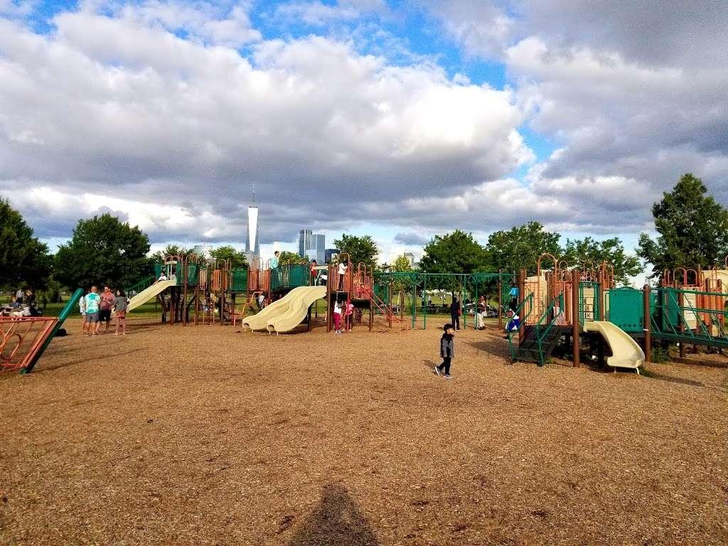 Childrens Play Area - park  | Photo 4 of 10 | Address: Jersey City, NJ 07305, USA