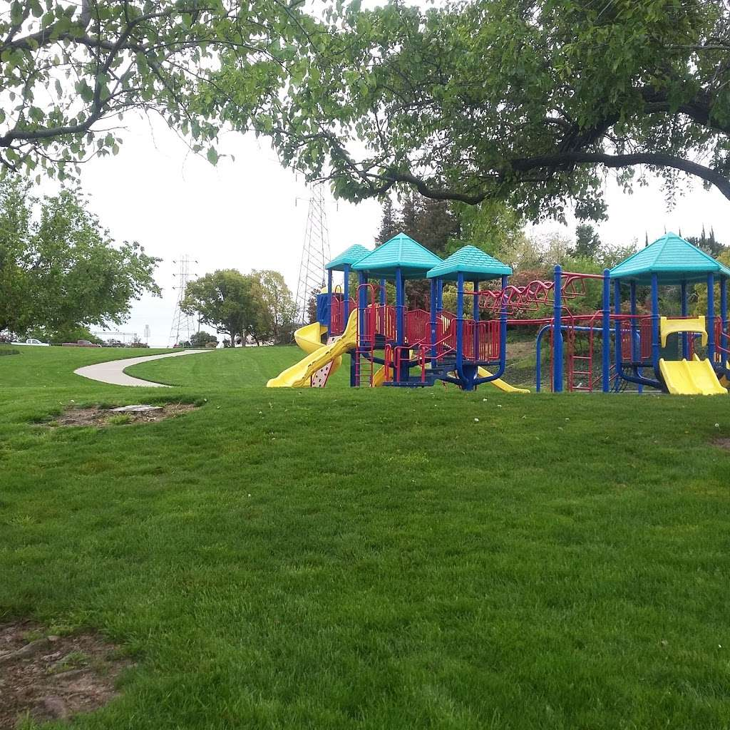 Meadowbrook Park - park    Photo 9 of 10   Address: 1702 Yellowstone Dr, Antioch, CA 94509, USA   Phone: (925) 779-7000