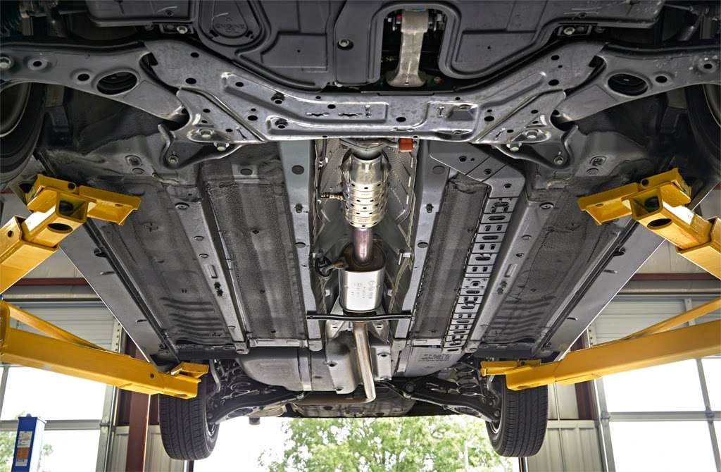 Meineke Car Care Center - car repair    Photo 5 of 10   Address: 1395 S 10th St, Noblesville, IN 46060, USA   Phone: (317) 678-0076