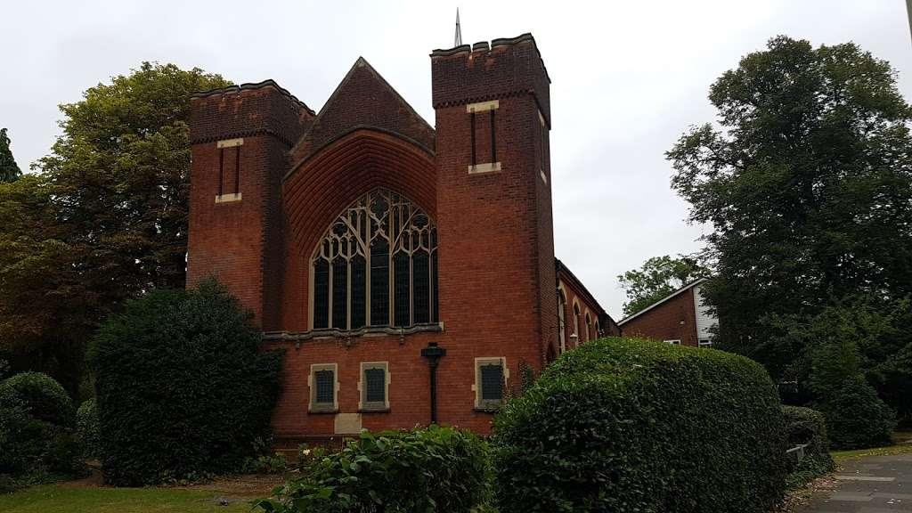 Christ Church - church  | Photo 3 of 9 | Address: Oakleigh Park N, Whetstone, London N20 9AR, UK | Phone: 020 3234 4059
